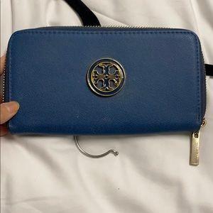 Blue continental zip wallet